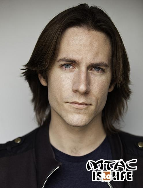 Welcome the illustrious @matthewmercer to MTAC! Voice of Levi from #AttackOnTitan, Aikuro of #KillLaKill, & Jotaro! http://t.co/uN8PXpNH7J