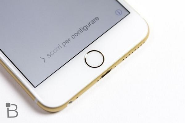 iOS 8.0.1 Breaks Touch ID – Don't Install It Yet http://t.co/eASEPf9hX9 http://t.co/RLPMeKpYlL