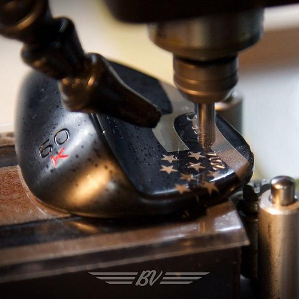 With laser etching complete, it's on to the engraver for this USA team member's commemorative wedge. #TeamTitleist http://t.co/GsxHVLZNoR