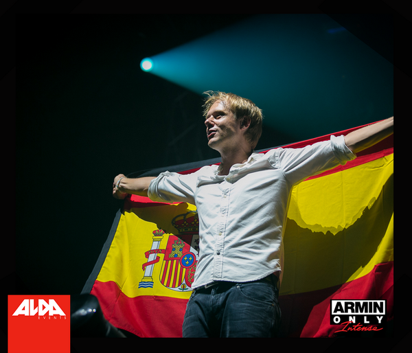 Muchas gracias Valencia! You blew us away last Saturday. #AO http://t.co/JauJiBMlVV