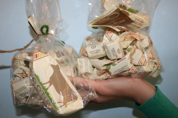 Aicinām iepazīt Skrīveru labumus un laimēt dāvanu (attēlā) no @SkrPartikasKomb.Seko @Travelnews_lv un RT.Izloze 01.10 http://t.co/Kae3TH3rui