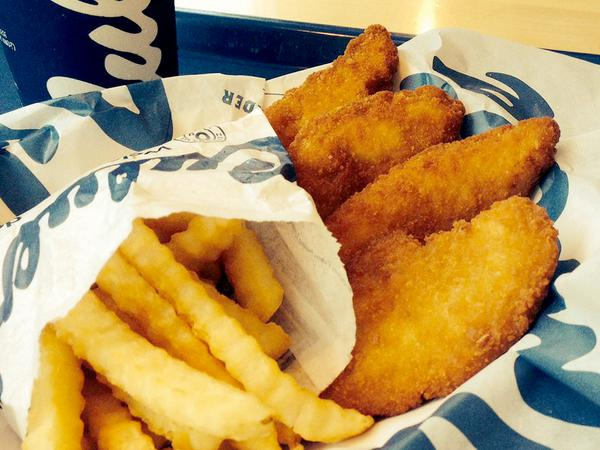 We don't shoot hoops but we love making baskets. #ChickenTenders http://t.co/dGZpJt2yUa