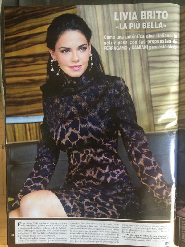 RT @LiviaBritoP: Hoy salió la nueva edición de la revista @holamexico y tiene entrevista sobre @Mivac_Oficial y @LaDictaduraPerf http://t.c…