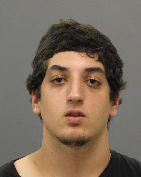 #Saugus PD need ur help locating 19yo Rashad Deihim, faces host of charges including assault w intent to rape #7News http://t.co/ov7OfaRJ6u