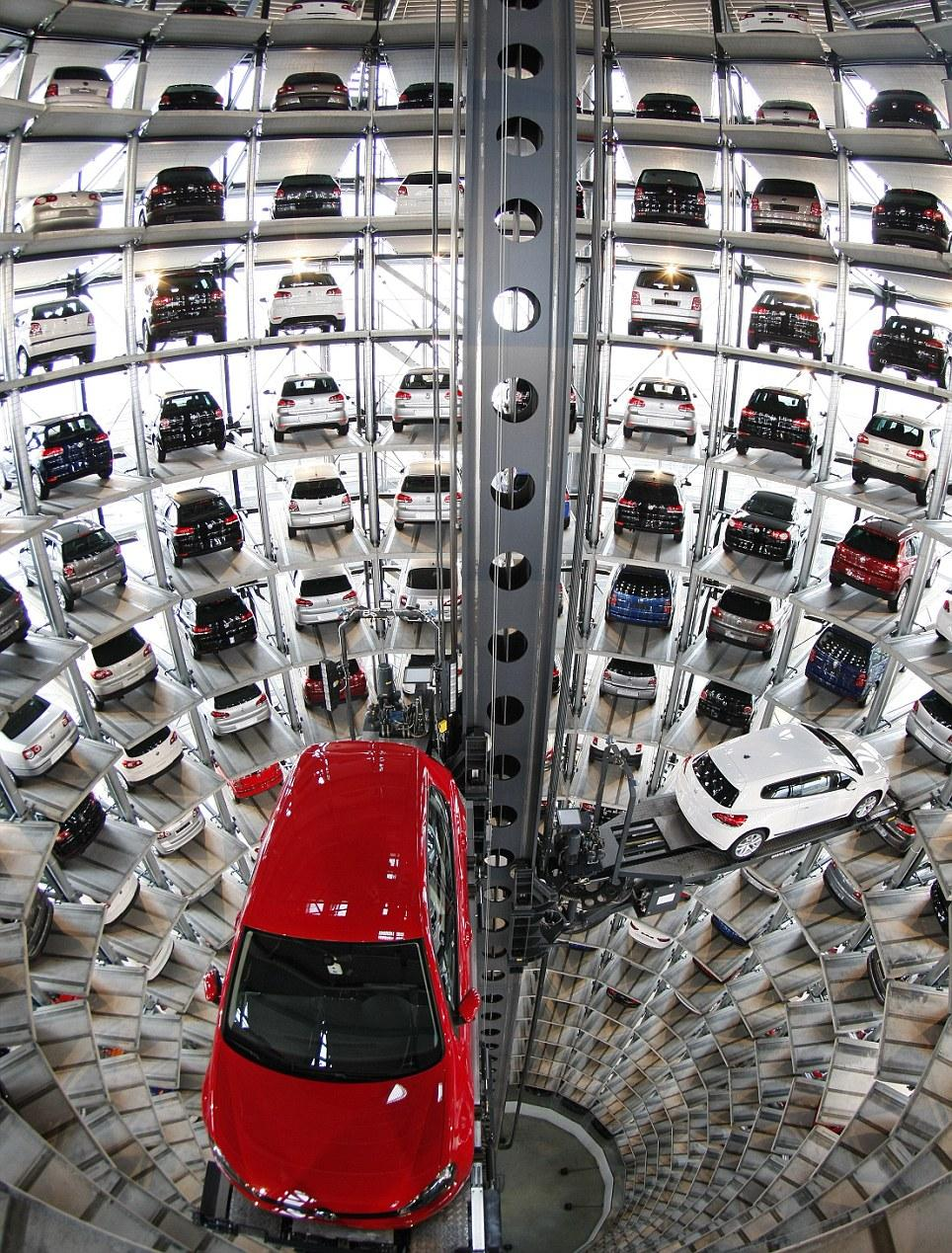 Parking tower at the Volkswagen factory in Wolfsburg. http://t.co/P3rj7fY2LN