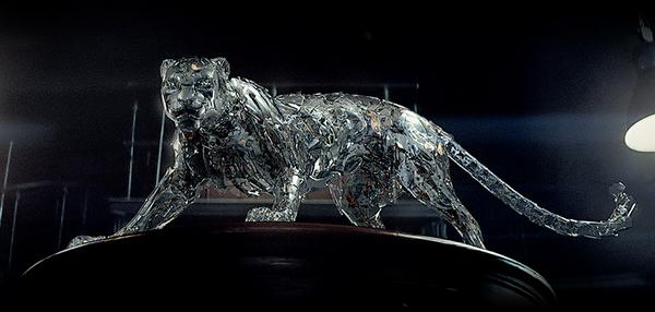 Cartier presents a mechanical panther born from genuine parts of watchmaking movements  #ShapeYourTime http://t.co/2NJBHQdXkA