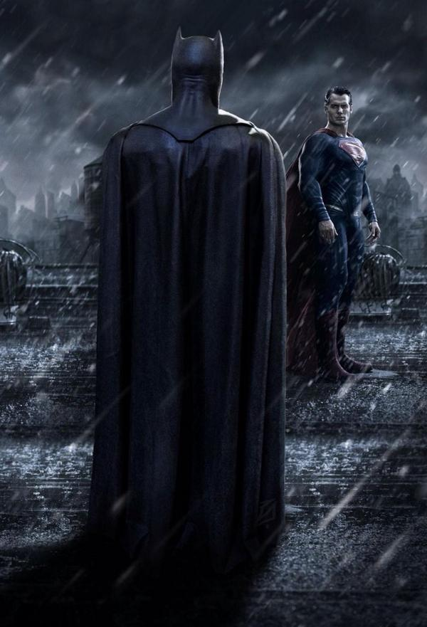 If THIS photo doesn't get your heart racing a little bit you better check your pulse. #BatmanvSuperman @DCComics http://t.co/9DOoiFDb5P