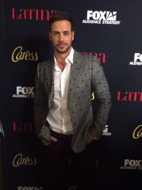 Is it hot in here or is it just @willylevy29?? #muycaliente 🔥 #LatinaCaressHHL http://t.co/9ZyG6TDHRY