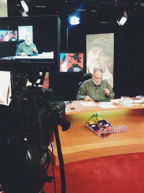 Mk Radio 104.9 FM (@MK104_9FM): Mario Silva: se ACABARON las HIPOTESIS, tenemos a Robert Serra y a Maria Herrera en un ATAUD. #TROPA http://t.co/1K8TgYDJTX