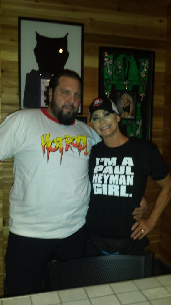 Thank you @MikeAwesomeone @mikeawefor my @HeymanHustle shirt. http://t.co/9TNg9szCnv