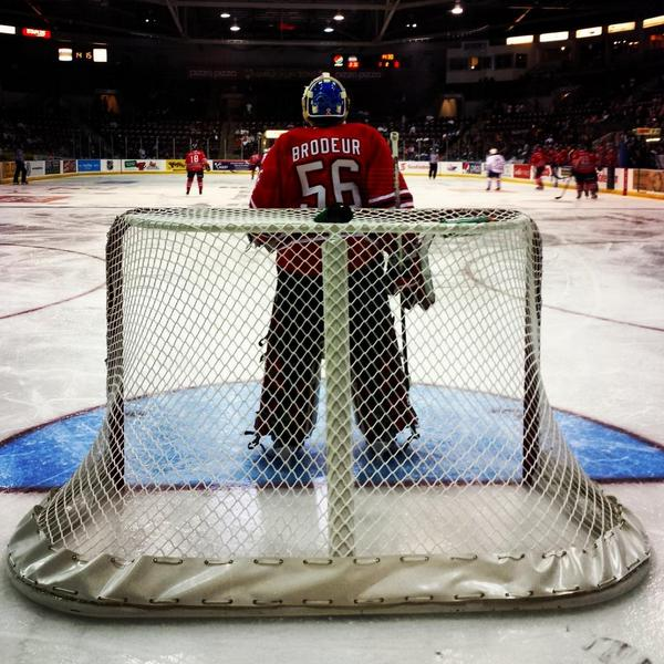RT @WarnerA93: Jeremy Brodeur's first @OHLHockey start for the @Oshawa_Generals vs. the @OHLSteelheads. @JBrodeur30 @MartinBrodeur http://t.co/OIBh81b77x