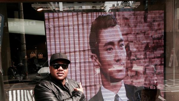 @siwon407 I spy you!! Lol #garosugil http://t.co/SfDGF6QdRU
