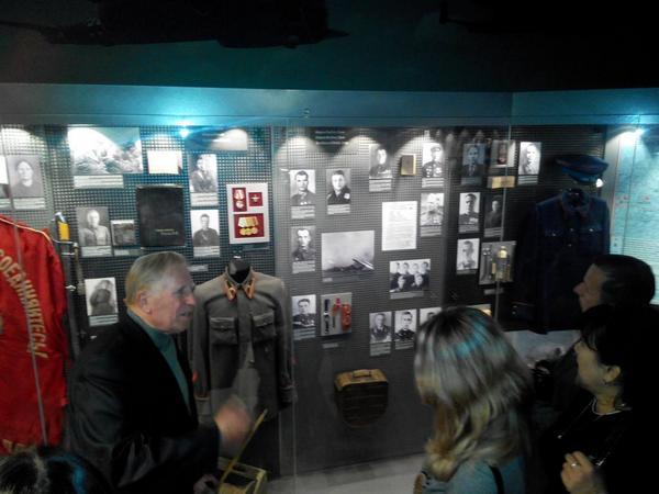 Музей Великой Отечественной войны, экскурсия для участников семинара и самый-самый гениальный экскурсовод http://t.co/6dfwTUVLzD