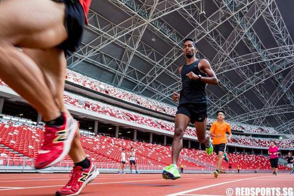 "Baik Mr Feroz! ""@redsports: RED RUN 2.4: Feroz (in black) ran 8:04 for 2.4km http://t.co/Kor2AzwQEO http://t.co/s2CV7yjvoH"""