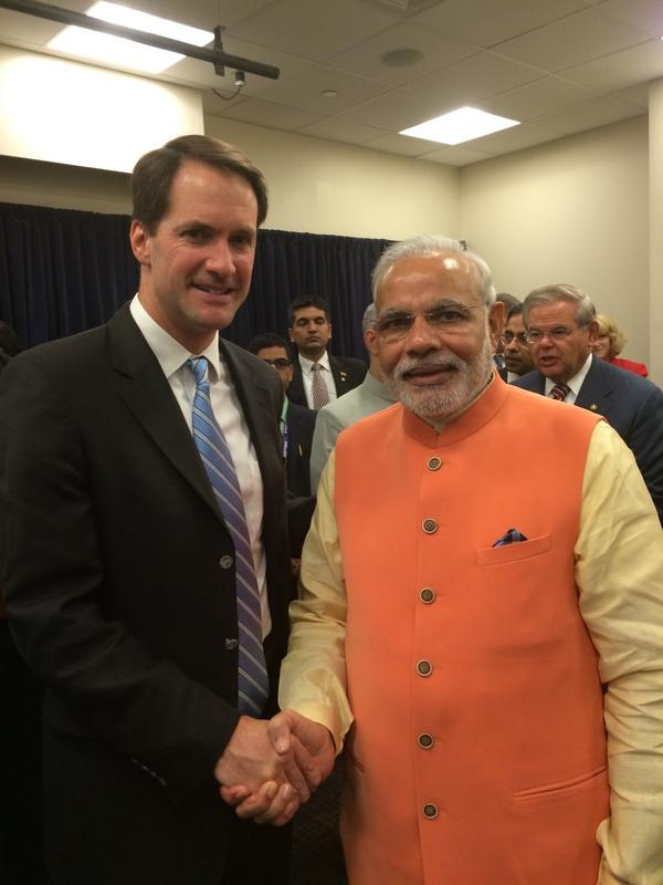 Pleased to meet and welcome Prime Minister Modi. Our countries have a lot to do together. #ModiinAmerica http://t.co/4KxgtGONR6