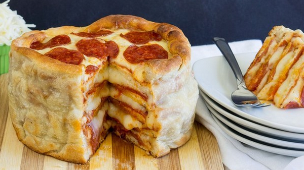 By ending it RT @BuzzFeedFood: This Easy Recipe For Pepperoni Pizza Cake Will Change Your Life http://t.co/EWJqbZoLG2 http://t.co/gDXOnY3gvL