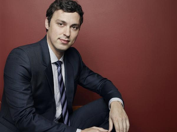 """The world is a lot better than you think it is."" —  Dr. Lance Sweets  #bones http://t.co/EEFaHnohZj"