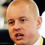 RT @danielswedin: SS-mysandet är inte värdigt en talman http://t.co/4XnSpXwEMB http://t.co/oigXmU6W96