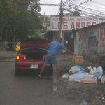 Mientras MINSA y REVISALUD luchan contra ratas y basura.. hay gente que no le importa. @TReporta @Telemetro http://t.co/ODOZDhbkUP