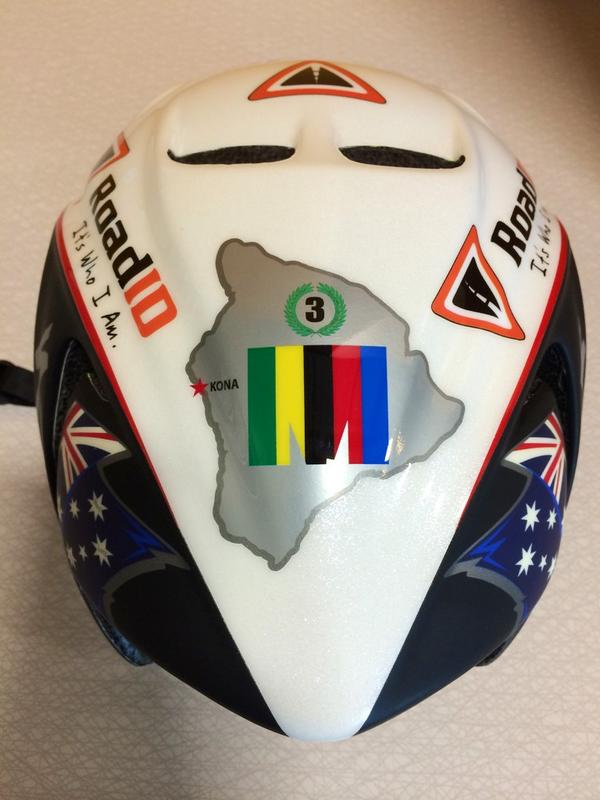 .@RoadID gave us a peek at @CrowieAlexander's Kona helmet. He's letting us give it away post race, details to come! http://t.co/KL8uPTr2Vs