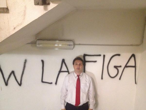 Andrea Diprè (@AndreaDipre): W LA FIGA http://t.co/EUyURv8fo0