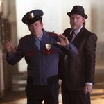 RT @Gotham: A new episode of #gotham starts NOW, West Coast. And there is so much chaos to fight. http://t.co/9tIrCS7akY