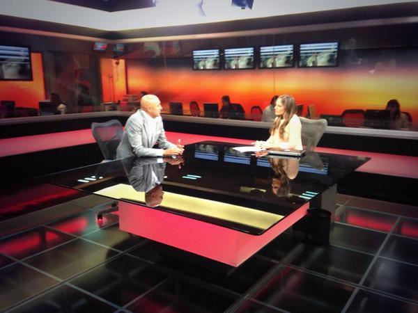 Seguimos en @Foro_TV @ProMexicoTw @KarlaMawcinitt @ecastillocruz10 @ptorres http://t.co/ZTzjZ6jumT