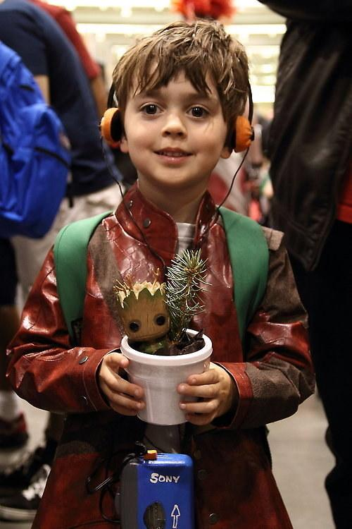 Star lord in training lil peter quill cosplay with baby groot http