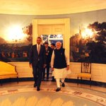 The first meeting. Prez @BarackObama escorts PM @narendramodi to the dinner at their 1st meeting in the White House. http://t.co/6FJuGqO7Qg
