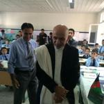 RT @hmohib: @ashrafghani starts his first day at work by visiting a school. http://t.co/sOdYvvRoy0