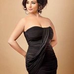 """""""@Tomar_Soumitra: @divyadutta25 Why should 20-year-olds only be considered sexy? I think we get better with age. http://t.co/qWqnqQGHC8""""ahem"""