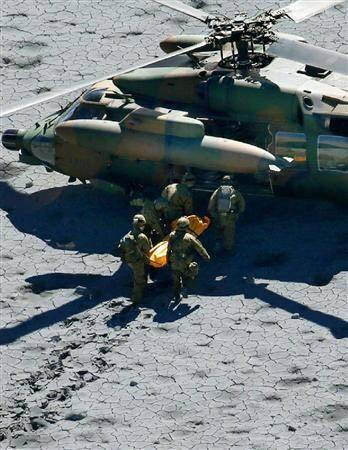 """""""@nama79126: 自衛隊の災害派遣に反対する人の気持ちがわからない。 http://t.co/IZkkqDPKCc""""自衛隊は日本の誇りです。"""