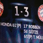 Last year, #FCBayern won 3-1 in Moscow. What are your predictions for tonights game? #CSKAFCB #packmas http://t.co/ejmorEHjMN