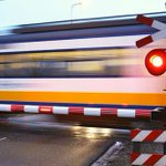 RT @michel_lafaille: NS wint aanbesteding vernieuwde treindienst Leiden-Alphen-Gouda, alternatief van RijnGouwelijn. Start in 2018 #alphen http://t.co/eEBVPIsSp7