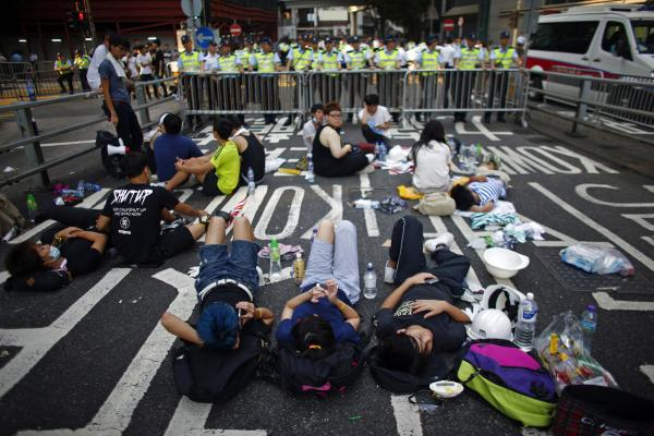 Hong Kong shows Beijing exactly what democracy can look like http://t.co/lVYzCPnEuM Photo: Carlos Barria-Reuters http://t.co/IzuoGY0Q2r