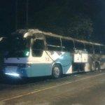 Bus de la ruta Chepo - Corredor se incendió y venía repleto se pasajeros. Todos a salvo. @tvnnoticias @ramirocanal_2 http://t.co/vPveij0R40