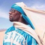 RT @LeanandCuisine: It was once said that r.kelly once fought off 50 terrorists using only his durag #DuragHistoryWeek http://t.co/WU4yvQVCfs