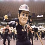 RT @TheRealPUPete: RT if you love being a BOILERMAKER! #BoilerUp http://t.co/AmLifW1rOy