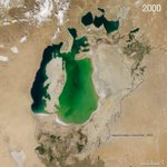 .@NASA_EO sees the shrinking Aral Sea in 2000 & 2014, once the 4th largest lake in the world http://t.co/aIaHfpqLTj http://t.co/ztUKZYnjfT