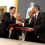 Gobierno de El Salvador y MCC firman FOMILENIO II http://t.co/6vGc6VzdT4 http://t.co/Qy0FLcvY3h