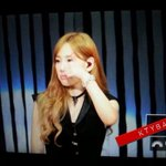 """RT @PinkShidaeDude: Taeyeons reaction when SONEs shouted """"Please make Jessica stay"""" https://t.co/Mp9Yl1v4qv #소녀시대는9명입니다"""