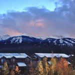 Peaks 9 and 10 look good with snow on them, if we do say so ourselves! #BreckSnow http://t.co/KAEdax8Gsr