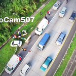 RT @AeroCam507: #Accidente #transito #ViaCentenario #trafico por curiosos esta mañana #VolandoEnNoticias para @TReporta @Telemetro http://t.co/dZV7SifMkN