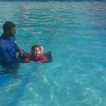 RT @burbujasnat: @EmisorAtlantico la nataciòn es el mejor deporte para todos los niños, y aporta grandes beneficios a su salud http://t.co/dW7L2ikO5z
