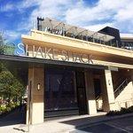 RT @JessicaShops: 1st #Atlanta @Shakeshack opens today11A Burgers, flat-top dogs, custard, crinkle fries, craft beer & wine #Buckhead http://t.co/w8zLfFBwW2