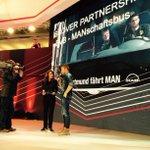 Kuba plaudert bei der #MANiaa in Hannover die Geheimnisse aus dem BVB-Mannschaftsbus aus und gibt Autogramme! http://t.co/VeVRLL5IeN