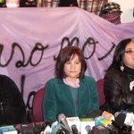 RT @diarioeldeber: #AHORA Ministra de Comunicación y activistas critican a medios que transmiten redadas y accidentes #Bolivia http://t.co/SegGg3hh2y