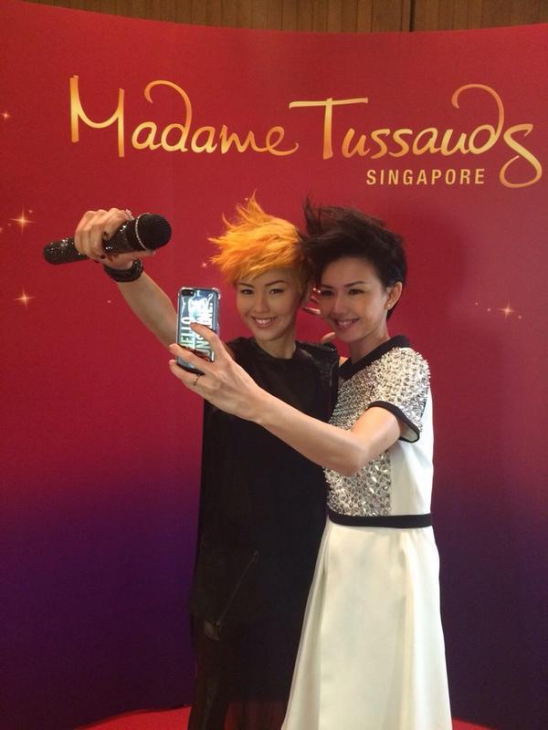 Selfie with selfie. http://t.co/EdliDtSM8H