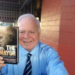 Getting ready for my book signing @thepantrycafe but first let me take a selfie. #LosAngeles http://t.co/asJMpcC7Fe