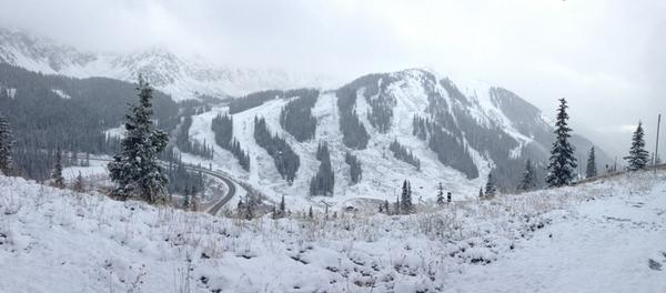 What a beautiful sight to see! #colorado #snow http://t.co/gbsZKLKzhV